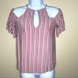 AEO Soft & Sexy Keyhole Cold Shoulder Top Pink   S
